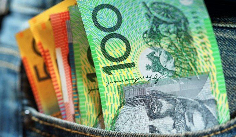 ECG - cash in jeans - iStock